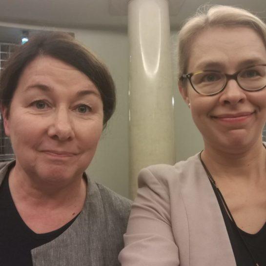 Helena Ahonen ja Tytti Pantsar.